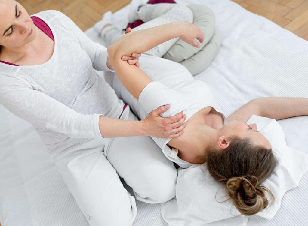 weinheim massage schwanger 1024x753 - Wochenbett Begleitung
